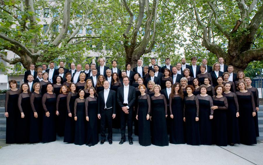 Der Chor der Deutschen Oper Berlin © Marcus Lieberenz