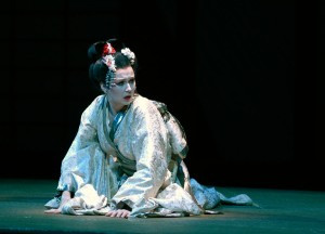 Madama Butterfly  | Deutsche Oper Berlin | Foto: Bettina Stöß