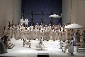 Eugen Onegin    Deutsche Oper Berlin   Foto: Bettina Stöß