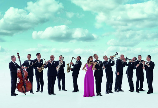 Max Raabe und Palast Orchester