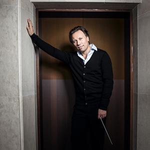 Sinfoniekonzert 6:  Kristjan Järvi und Nicola Benedetti | Komische Oper Berlin | Foto: Franck Ferville