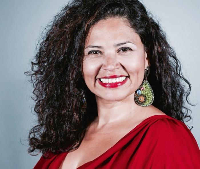 Adriane Queiroz